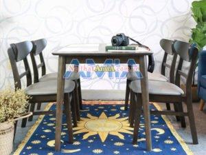 Bộ bàn ăn gỗ sồi dành cho gia đình có ít thành viên