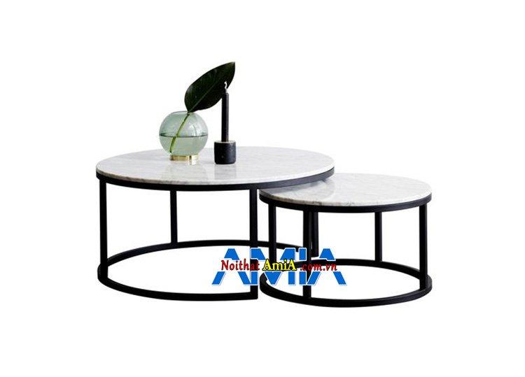 Hình ảnh Bàn trà sofa mini hình tròn kết hợp cùng ghế sofa mini kích thước nhỏ gọn