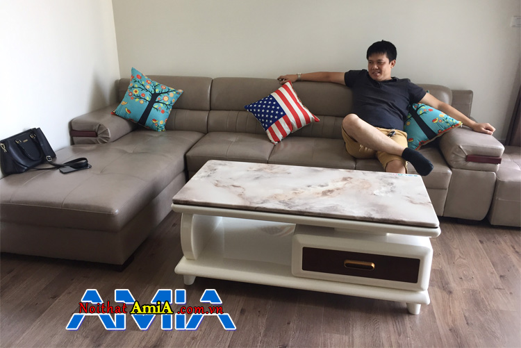 Ghế sofa bọc da kê phòng khách sang trọng dạng góc chữ L hiện đại
