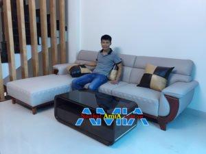 Mẫu ghế sofa chung cư hiện đại tay ốp gỗ đẹp AmiA 231