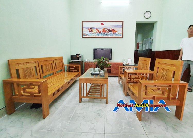 Bộ ghế sofa bằng gỗ Sồi kê phòng khách đẹp