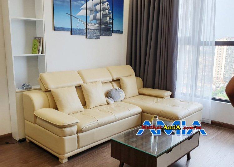 Sofa da màu trắng sữa cho phòng khách đẹp