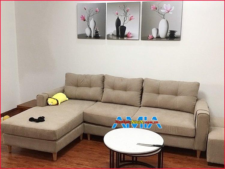 Hình ảnh mẫu ghế sofa nỉ góc đẹp chân gỗ tròn cao