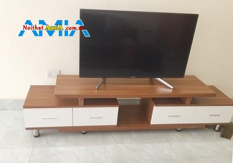 Mẫu kệ tivi ván ép giá rẻ chất liệu gỗ MDF