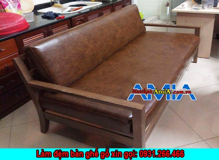 Bộ sofa văng gỗ đệm da phòng khách