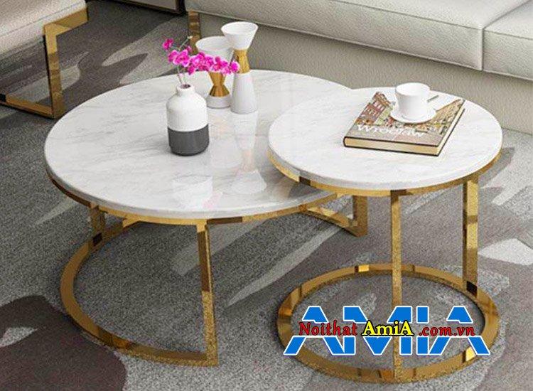 Loại bàn trà tròn đôi kết hợp cùng bộ sofa da nhập khẩu kích thước nhỏ