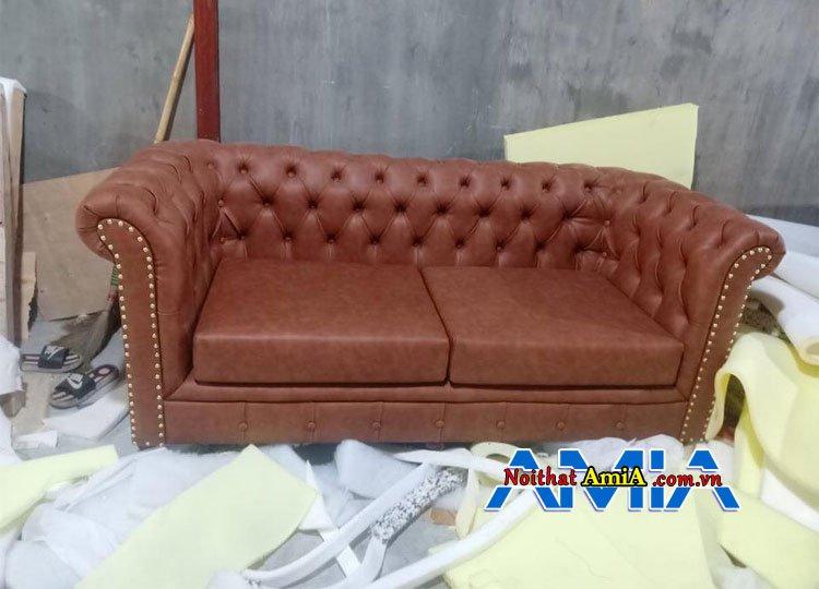 Hình ảnh mẫu ghế sofa tân cổ điển đẹp tại xưởng sản xuất AmiA Hà Nội