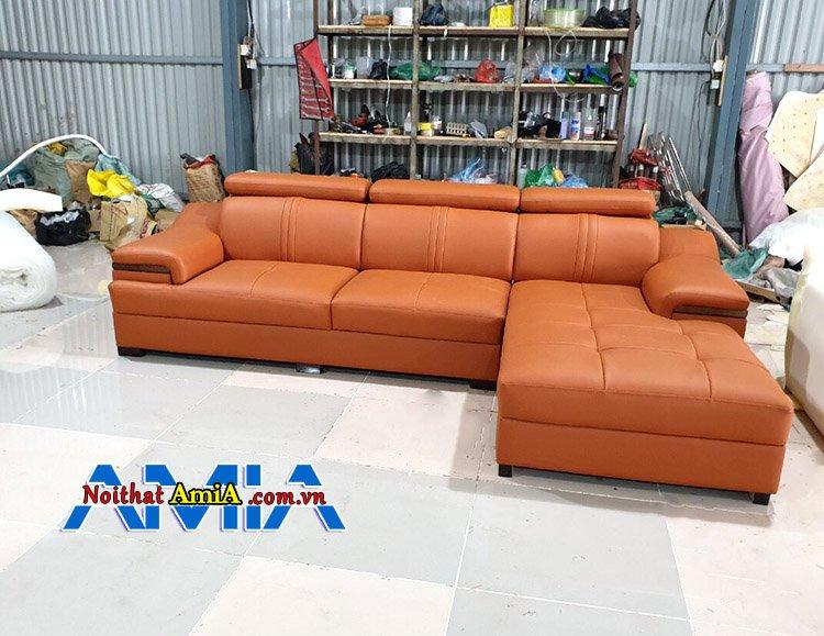 Hình ảnh bộ ghế sofa da góc chữ L tại xưởng AmiA